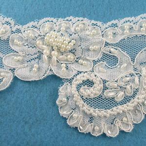 1-METRE-CREAM-IVORY-BEADED-LACE-BRIDAL-WEDDING-TRIM-TRIMMINGS-110mm-WIDTH-HL47
