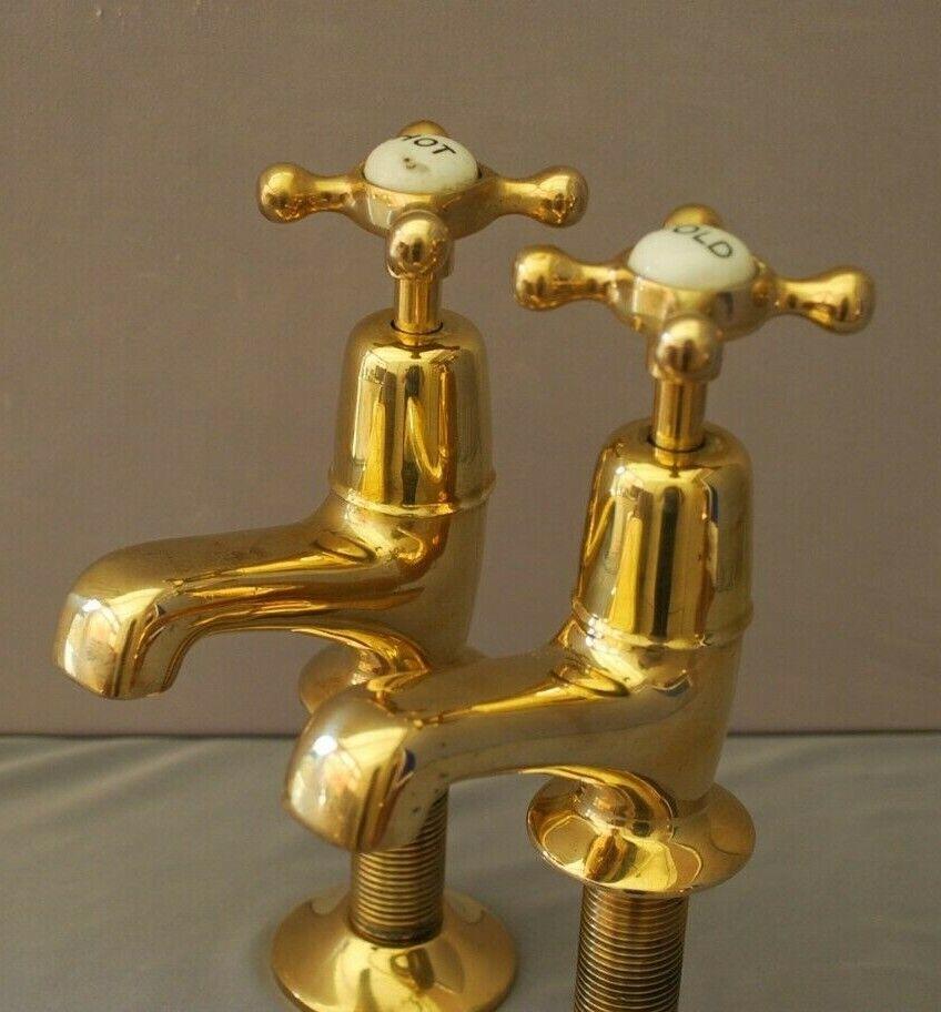 Vieux Laiton bassin robinets régénéré et entièrement rénové ancienne Vintage robinets