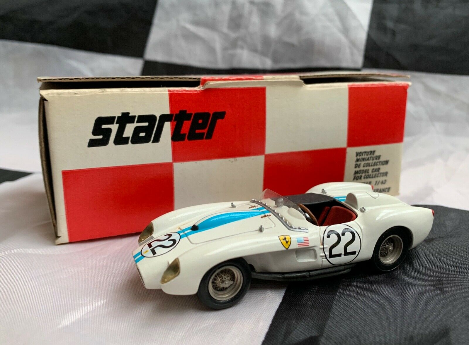STARTER 1 43 HAND BUILT FERRARI 250 TR TESTA LE MANS 1958 RESIN MODEL CAR BOXED