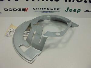 00-02 Dodge Ram 2500 New Front Brake Dust Shield Cover Left /& Right 4WD Mopar OE