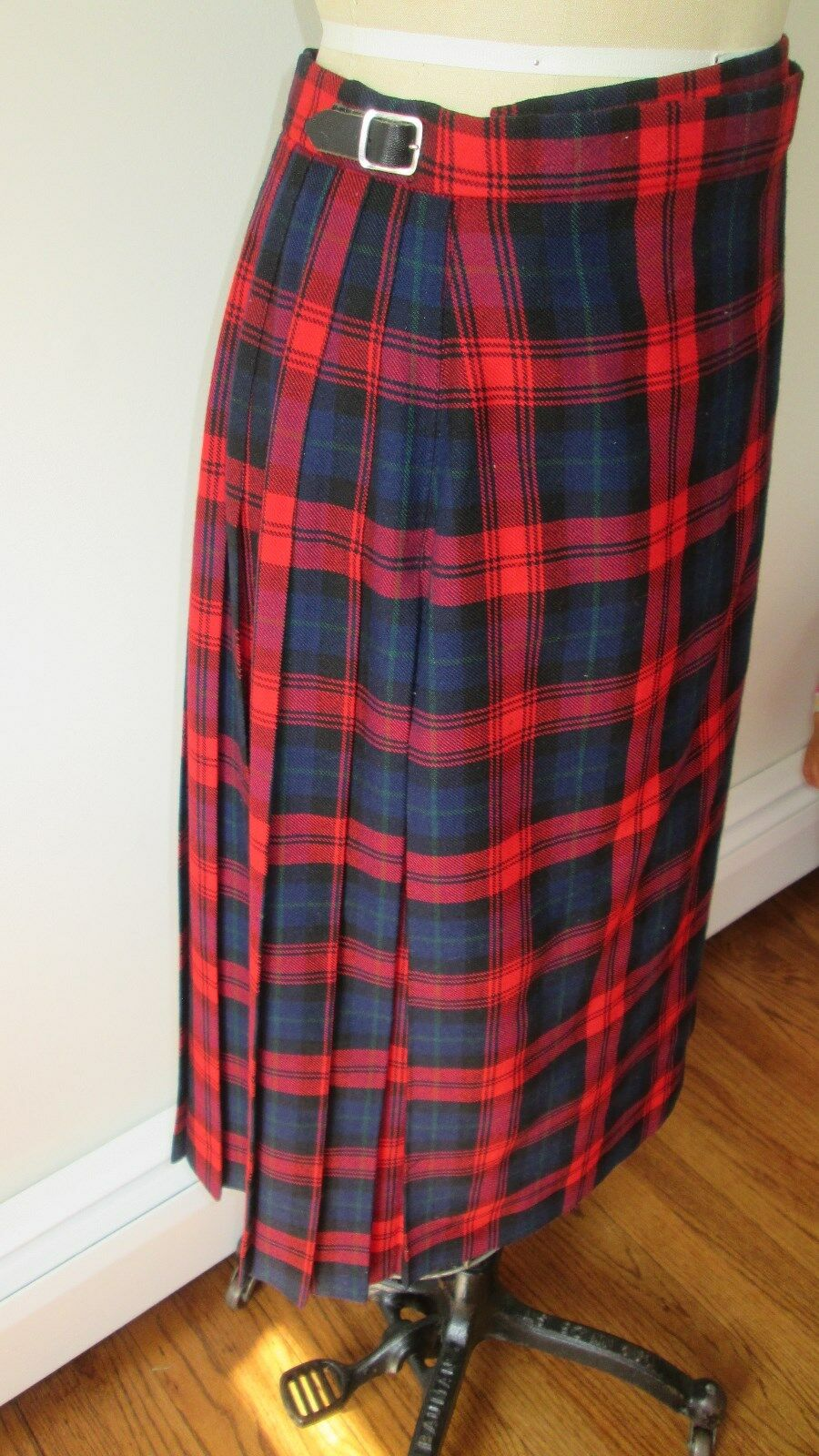 Vintage Brook Bredhers Plaid Wool kilt Size 10 (UK)