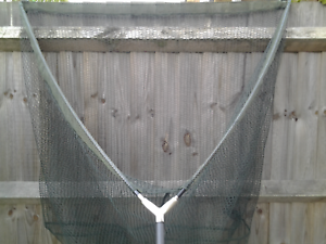 Latex Landing Net 42  with Carbon 2  piece handle 6ft  timeless classic