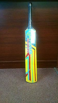 "Pioneer /""ENZO/"" Fiberglass Cricket Tape Ball Bat,With FREE Bat Cover New Arrival"