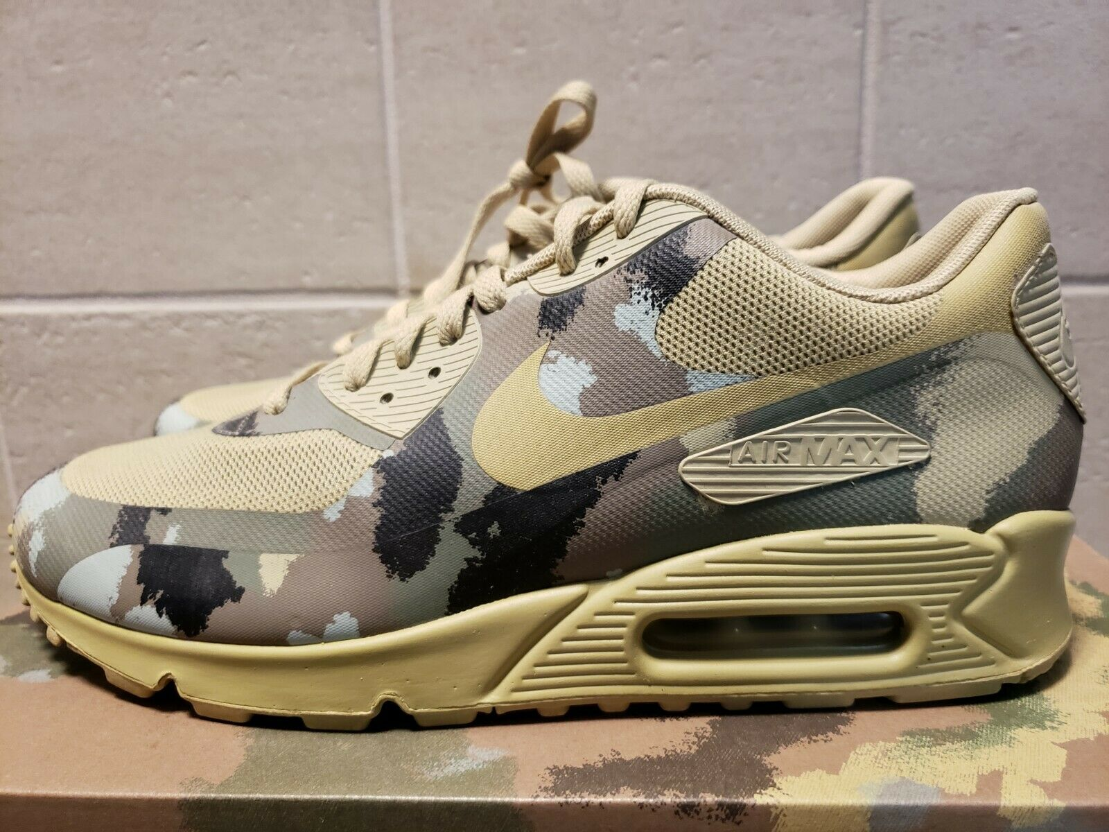 NIKE AIR MAX 90 COUNTRY CAMO PACK ITALY SP US size 9.5 596529-320