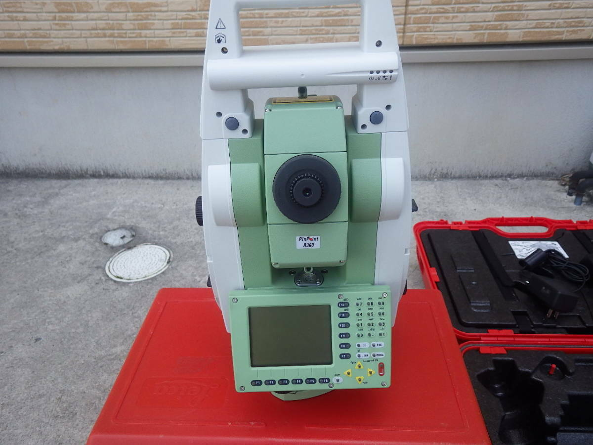 Leica Total station Leica automatic tracking TCRP1205 R300 controller RX1220T