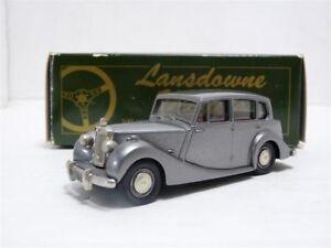 Lansdowne-LDM8-1-43-1954-Triumph-Renown-Handmade-White-Metal-Model-Car