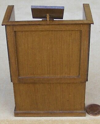 1:12 Scale Wooden Pulpit /& Steps Tumdee Dolls House Miniature Church Accessory A