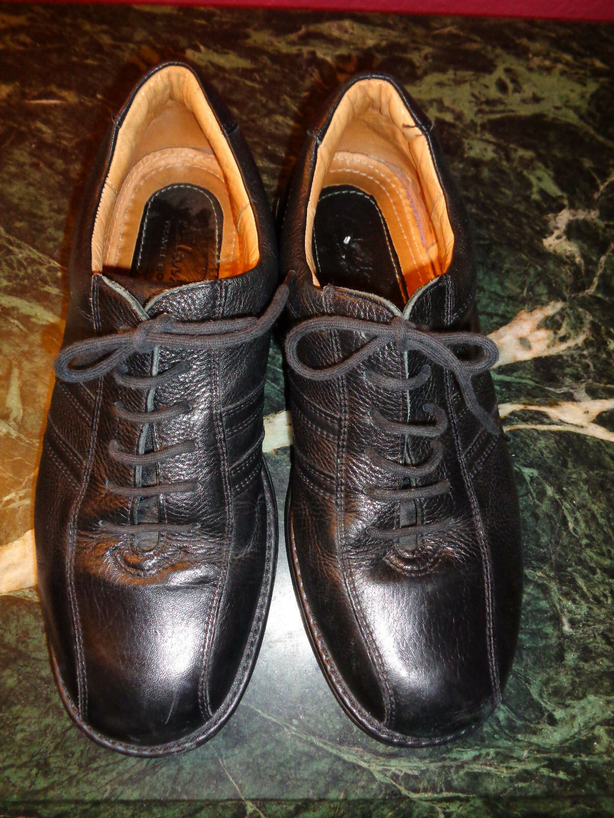 CLARKS TRAVEL SOFT pebble black leather thick oxfords 10M Brazil excellent cond.