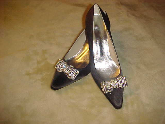 NEW  LADY'S nero SATIN FABRIC DRESS scarpe WITH MESH RHINESTONE BOW Dimensione 9 MED.  consegna veloce