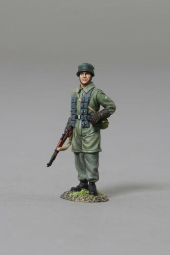 THOMAS GUNN WW2 GERMAN FALLSCHIRMJAGER FJ044A FJ STANDING READY MIB