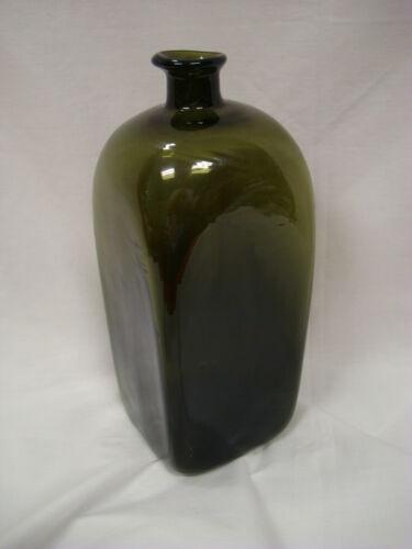 USS Cairo reproduction Hand blown Green glass bottle