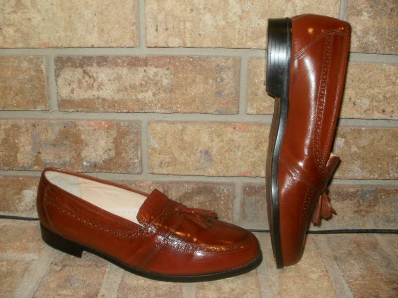 New French Shriner Brown Leather Tassel Loafer 8 M   Leather footbed  Lining