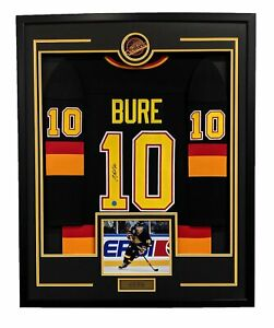 Pavel-Bure-Vancouver-Canucks-Autographed-Retro-Style-35x43-Framed-Hockey-Jersey