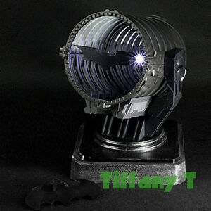 Bat signal spotlight night light batman v superman robin hot action figure toys ebay - Batman projector night light ...