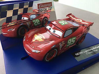 Carrera Digital132 Disney Pixar Car NEON Lightning McQueen 30751 NEU