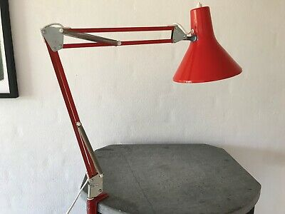 Find Retro Arkitektlampe i Arkitekttegnet: møbler og