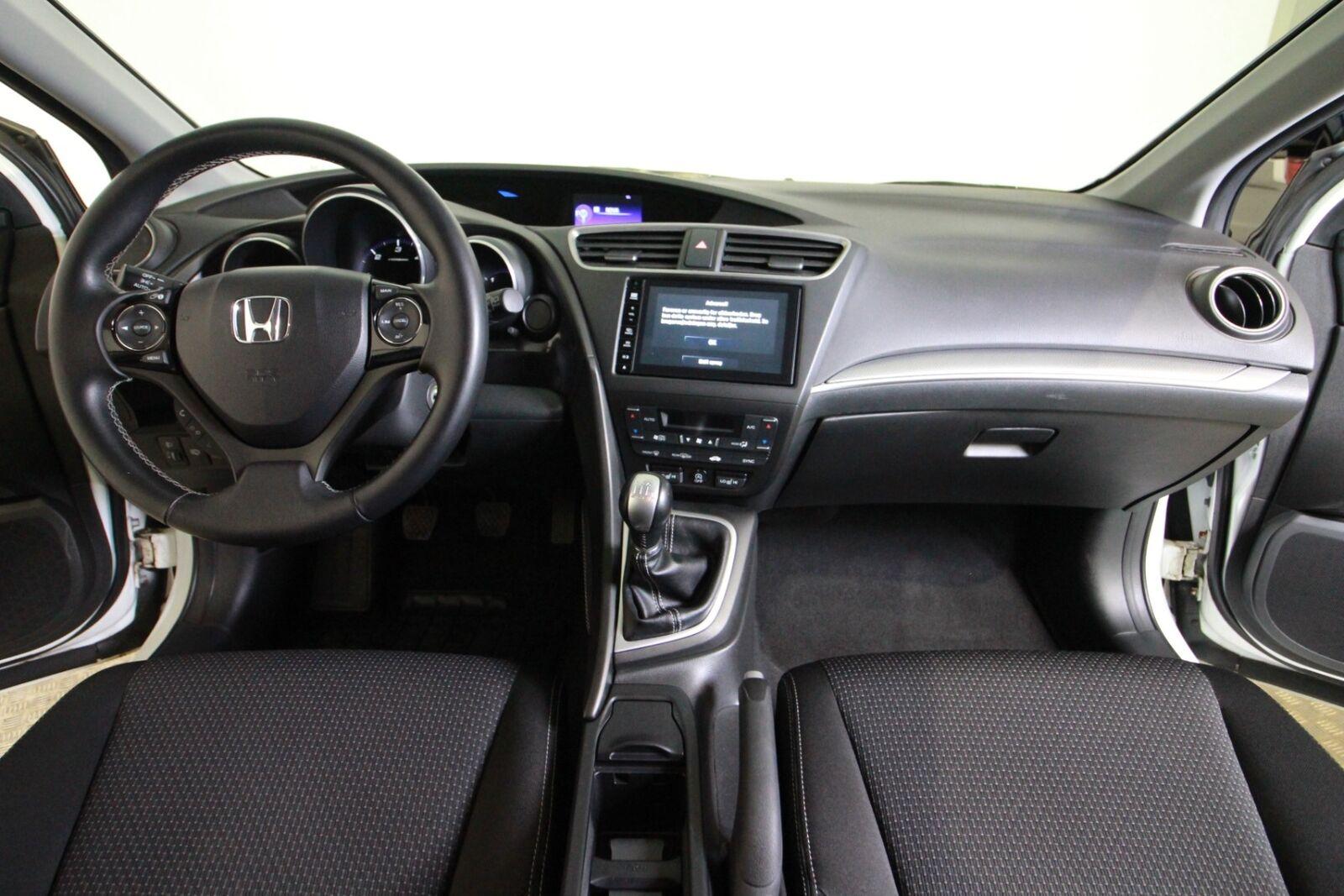Honda Civic i-DTEC Elegance Tourer