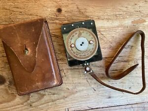 Old Silva Compass - military ?? - with Leather Belt Case - Used - working