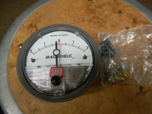 Dwyer Instruments Magnehelic Gauge 15 psig  23004-ASF