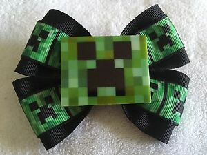 "Girls Hair Bow 4/"" Wide Gamer Inspired Tools Green Flatback French Barrette"