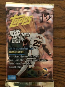 Topps MLB 98&97 Series One Lot Of 14 Look For Clemente, Bonds, And Willie Mays
