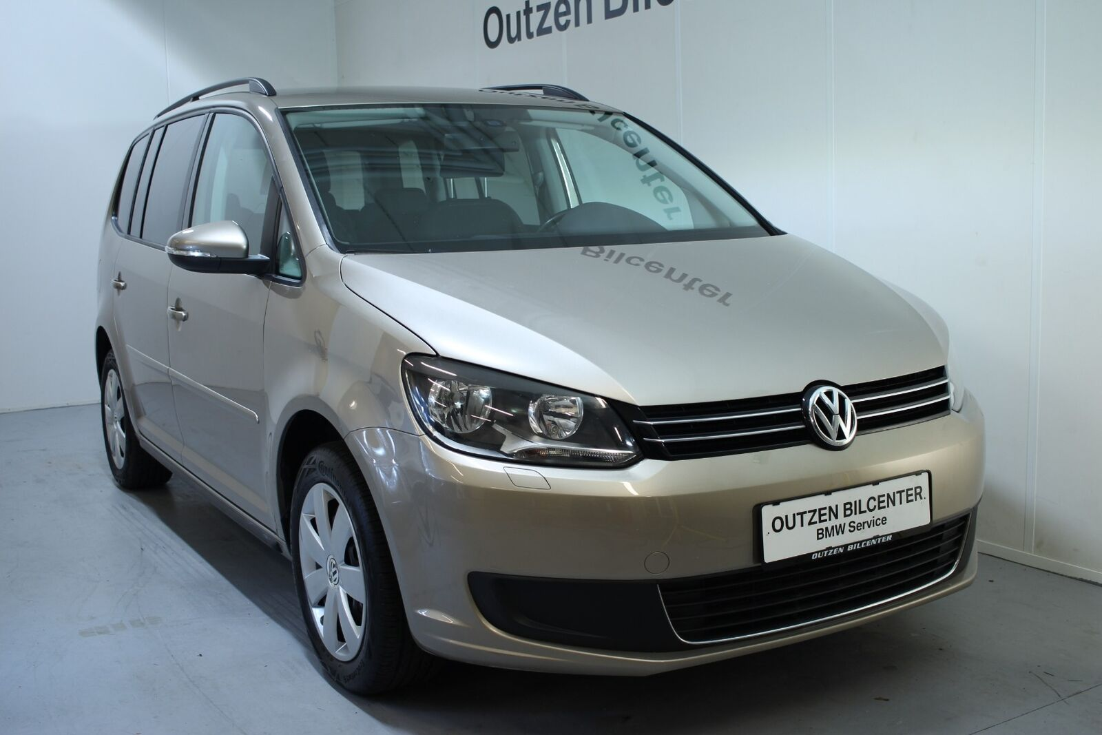 VW Touran 1,6 TDi 105 Comfortline BMT 7prs 5d - 144.900 kr.