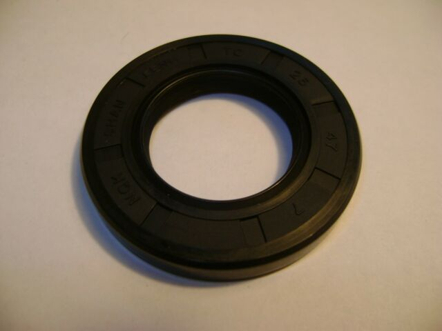 Metric Oil Shaft Seal 26 x 47 x 7mm Double Lip  Price for 1 pc