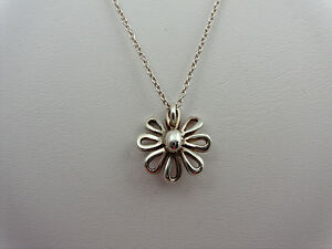 Tiffany-amp-Co-Jolie-Daisy-Flower-Necklace-Authentic-Rare-Sterling-Silver-amp-Chain