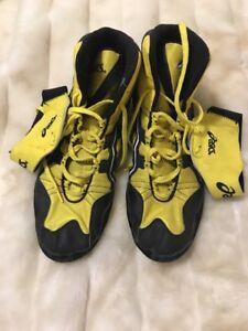 RARE asics intensity wrestling shoes