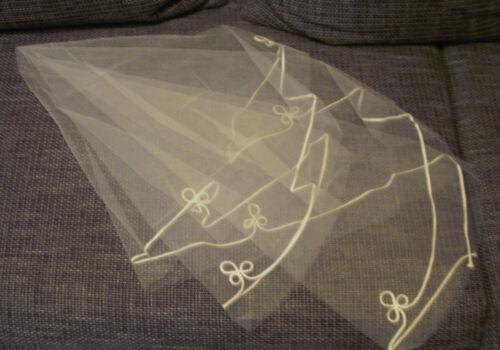 Brautschleier Einlagig mit Applikationen Brautschmuck Weiß Hochzeit