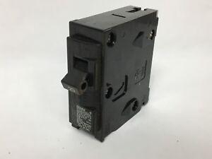 Q120 Breaker 120 VAC SIEMENS 2 Pack Plug-In 1P 20A