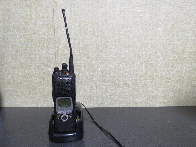 Motorola XTS5000 , 1000 CHL, 3W, 700/800 MHz Radio w/extra's , H18UCF9PW6AN ,P25