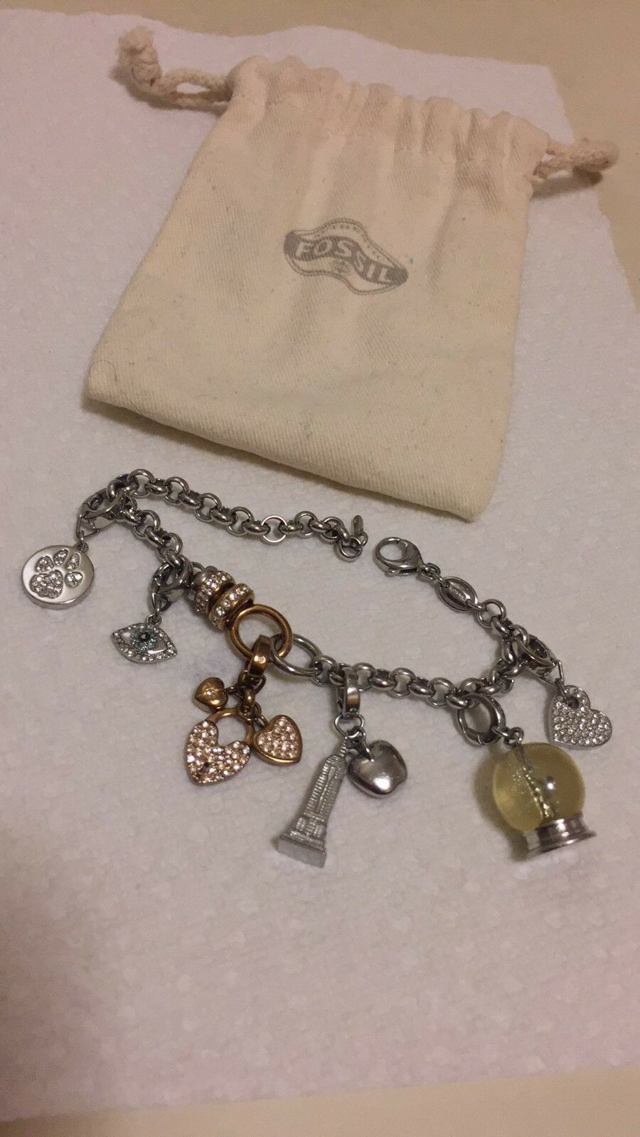 Fossil BRAND 4 charms Pre-Owned