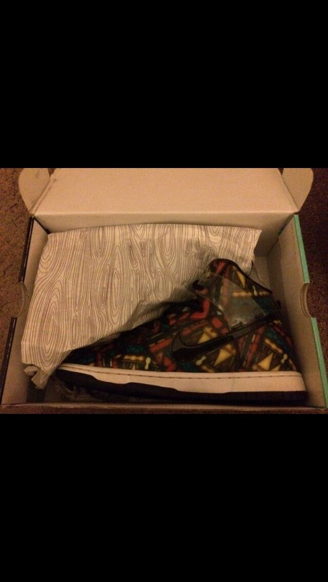 Nike high SB stained glass (9.5) Slightly worn