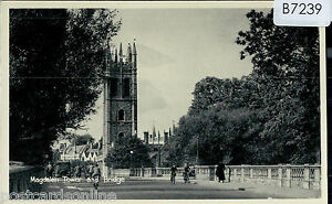 B7239cgt-UK-Oxford-Magdalen-Tower-and-Bridge-vintage-postcard