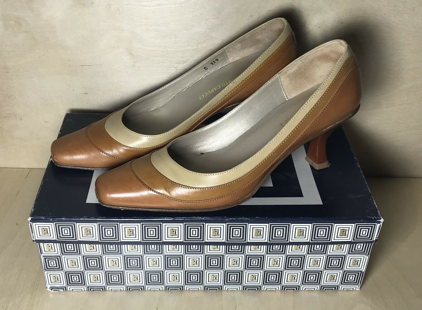 Ingledews By Roberto Capucci Brown Cognac Leather Heels 7 Made In   209.95