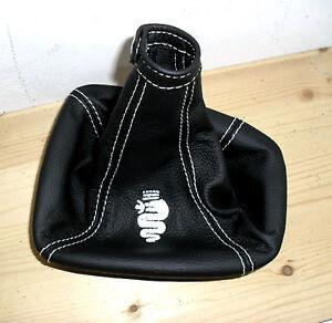 in pelle nera Cuffia per leva del cambio e copri cintura di sicurezza con ricamo 93