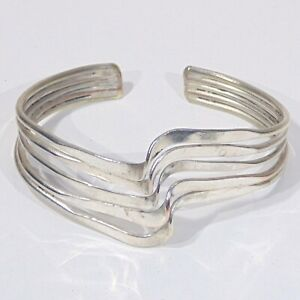 Vintage-silver-plated-copper-brass-hand-crafted-raised-wave-form-cuff-bracelet