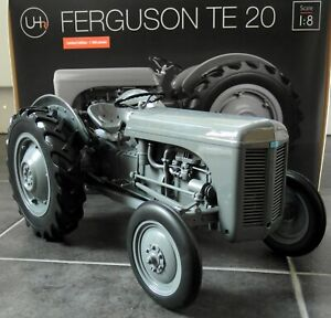 UH-1-8-Scale-Large-35cms-Massey-Ferguson-TE-20-Grey-Resin-model-Farm-Tractor