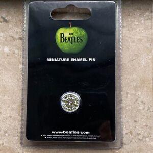 The-Beatles-039-Sgt-Pepper-039-s-Drum-Logo-039-Pin-Badge-Official-Merch