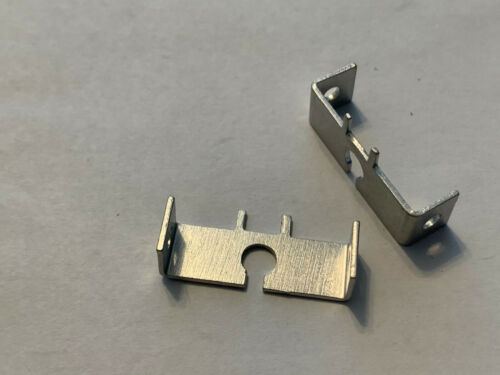 1//32 Revell ONE PAIR MOTOR MOUNTS #3300 I//Lslot car chassis SP500 motor NOS*