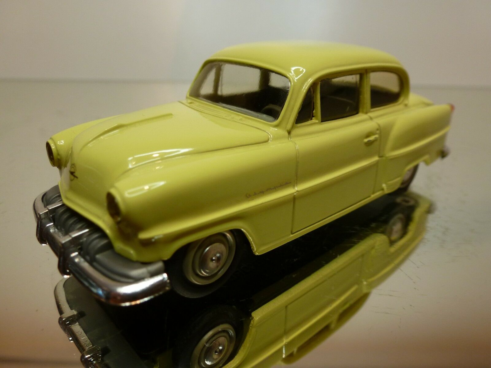 LEADER OPEL OLYMPIA REKORD - YELLOW 1 43 43 43 - VERY GOOD CONDITION - 2 3 cc0be1