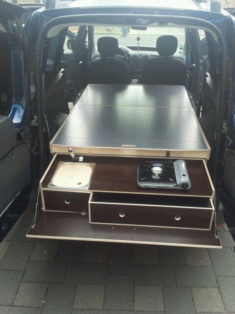 Dacia Dokker/Camping/Bett/(optional Tisch /Küche gegen Aufpreis)