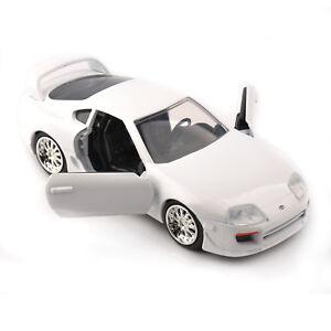 Jada-1995-furioso-siete-Toyota-Supra-1-32-vehiculos-modelo-automovil-blanco-de-juguete-Diecast