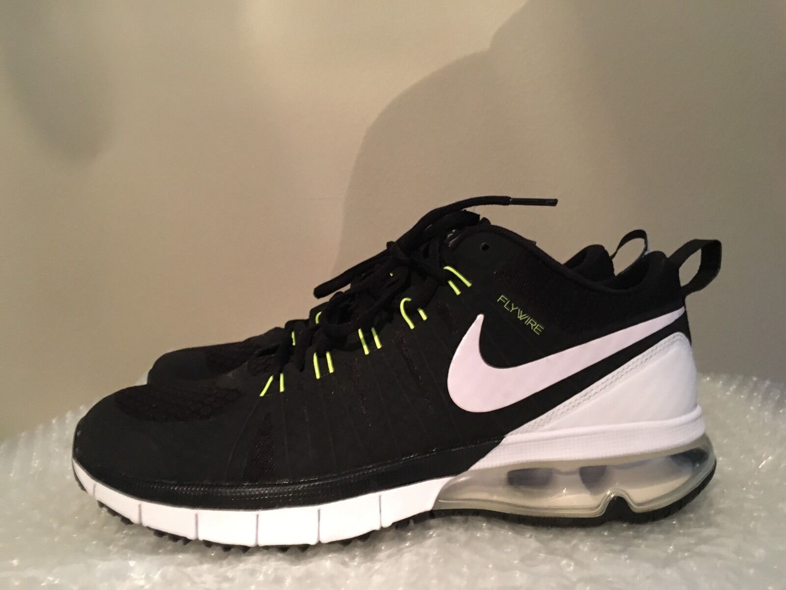 New Without Box Nike Air Max Men's FlyWire Training Shoes Size 10
