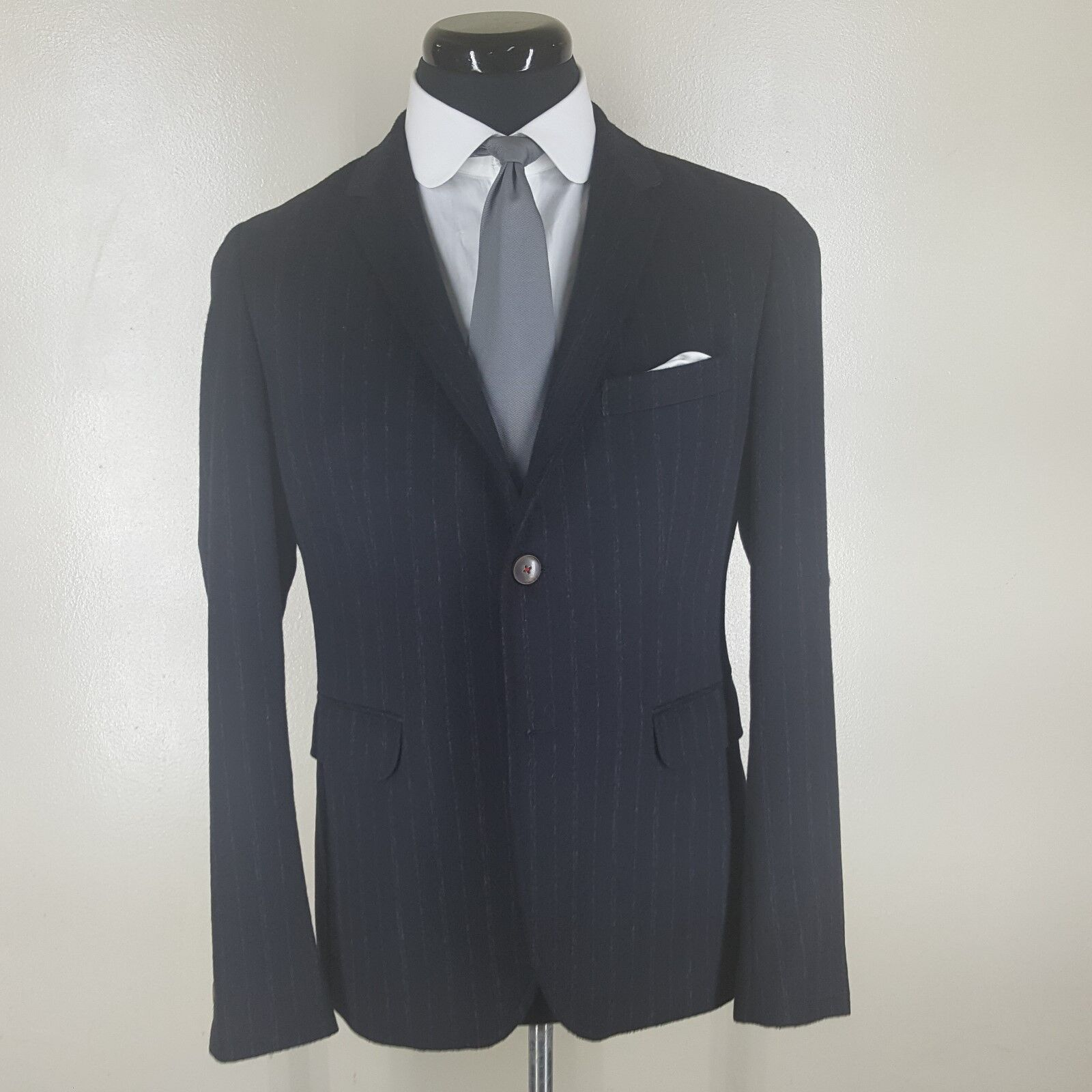 ARMAND BASI Recent  bluee Striped Sport Coat 2 Btn Side vents 40 R-Short Style
