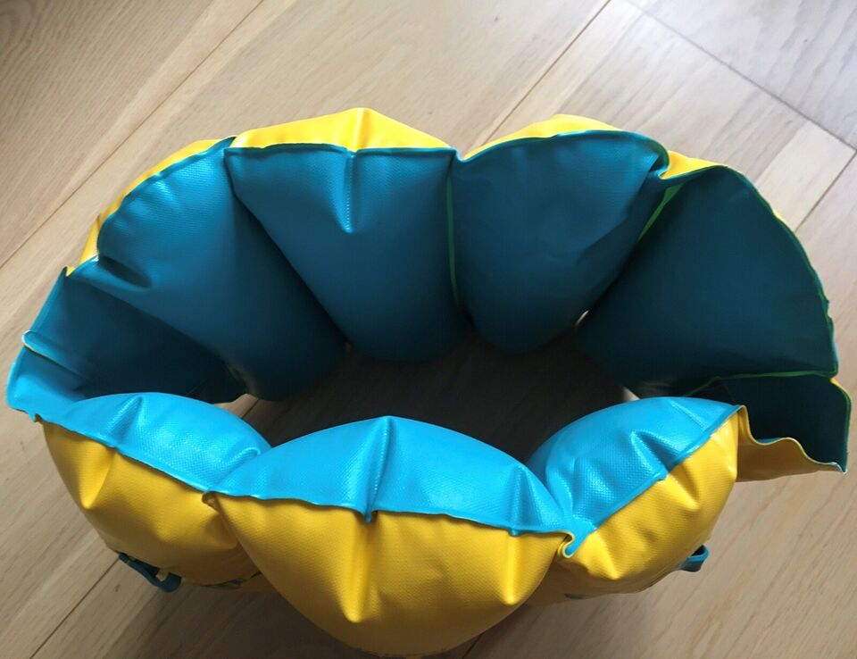 Andet legetøj, Oppustelig svømmevest, Aqua Leisure