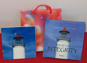 Mini-Book-The-Gift-of-Integrity-Christian-Bible-Scripture-Verses-w-Card-amp-Bag