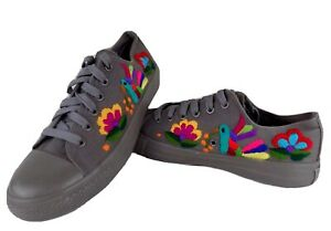 9 Gray Floral Canvas Tennis Shoes