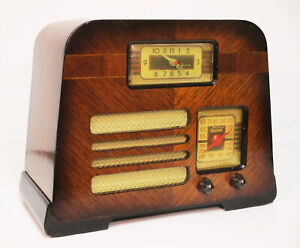 Old Antique Wood Philco Vintage Tube Radio -Restored Working Art Deco Table Top